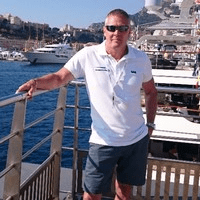 Steve V Monaco photo.min